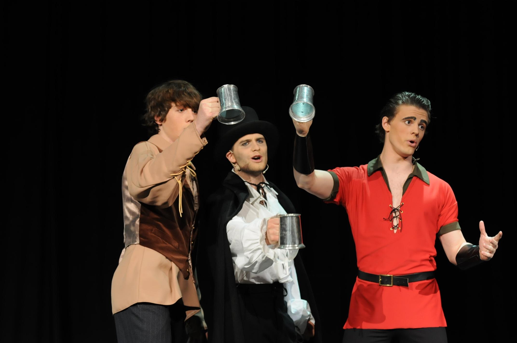 Le Fou, M. D'Arque & Gaston